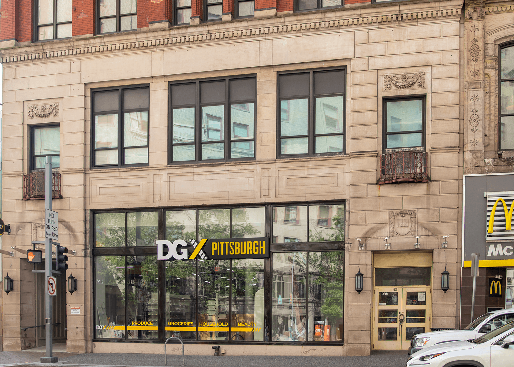 exterior view of 610 Wood Street in Downtown Pittsburgh